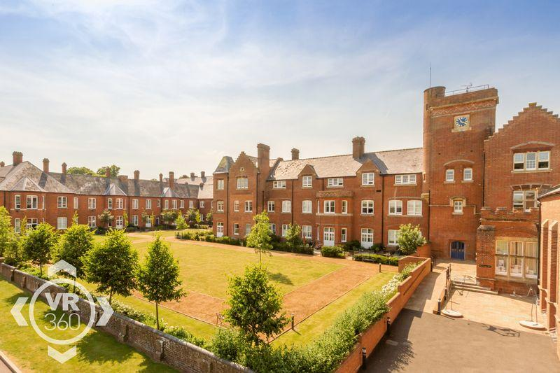 2 Bedrooms Apartment Flat for sale in Cholsey Meadows, Nr. Wallingford