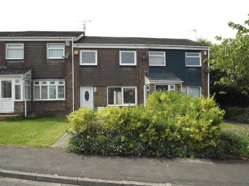 3 Bedrooms Terraced House for sale in Newlyn Drive, Cramlington - Three Bedroom Link House
