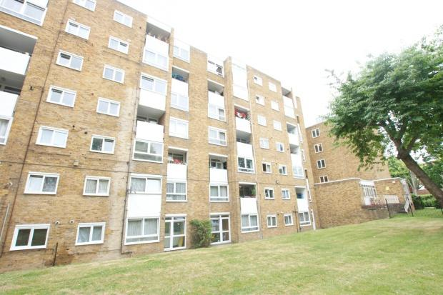 2 Bedrooms Flat for sale in Barrett House Victoria Road, Kilburn, NW6