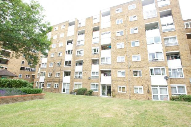 2 Bedrooms Flat for sale in Sandby House Brondesbury Road, Kilburn, NW6