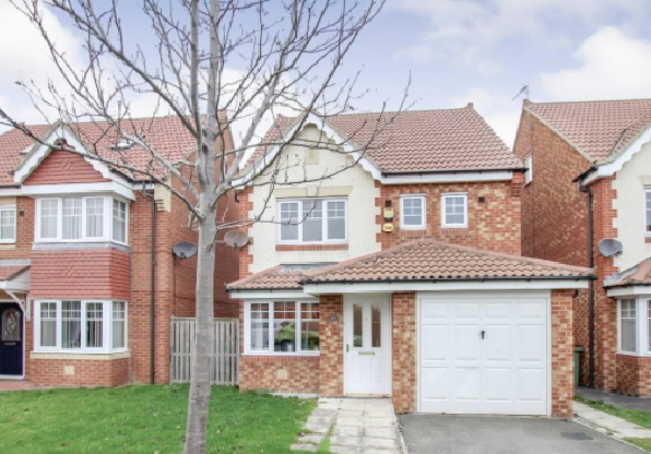 4 Bedrooms Detached House for sale in Tenby Road, Redcar TS10