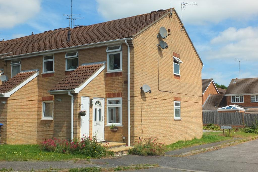 1 Bedroom Flat for sale in Cedar Way, Haywards Heath, RH16