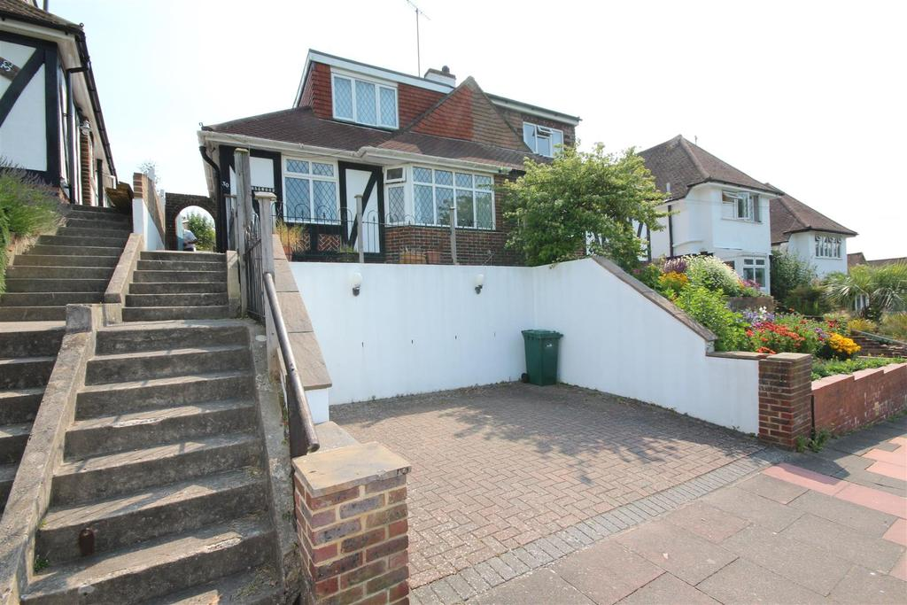 4 Bedrooms House for rent in Barn Rise, Brighton