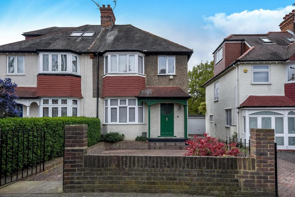 3 Bedrooms Semi Detached House for sale in Sutherland Grove, Southfields, SW18