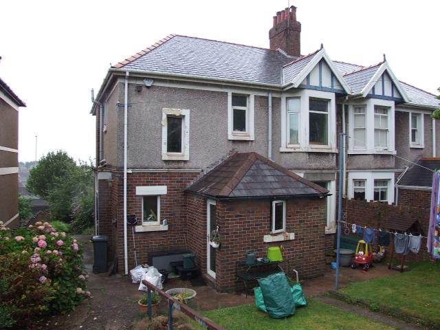 3 Bedrooms Semi Detached House for sale in 36 Pen Y Cae Road, Port Talbot