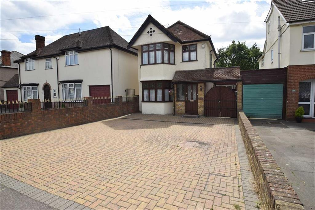 3 Bedrooms Detached House for sale in Gammons Lane, North Watford, Herts