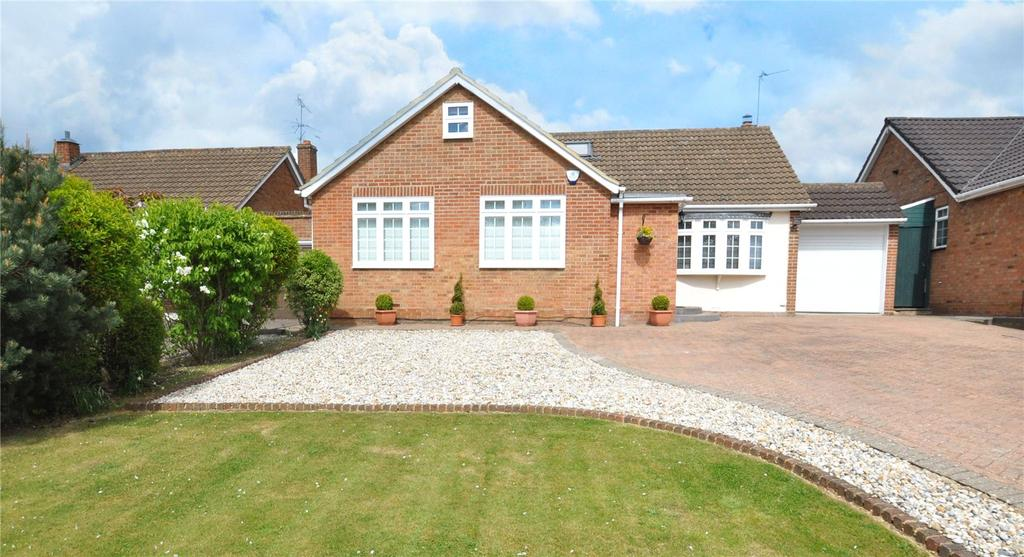 3 Bedrooms Detached Bungalow for sale in Robert Avenue, St. Albans, Hertfordshire