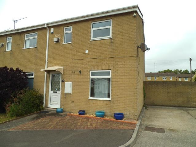 2 Bedrooms Semi Detached House for sale in Llys Gwyn, Bridgend CF31