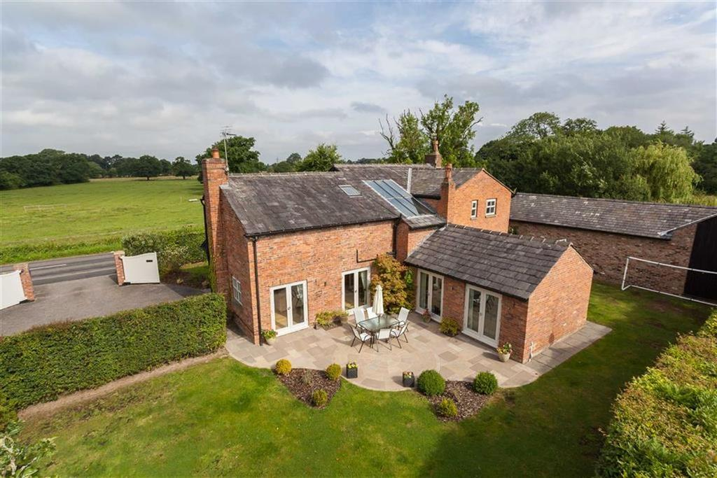4 Bedrooms Detached House for sale in Newton Hall Lane, Mobberley