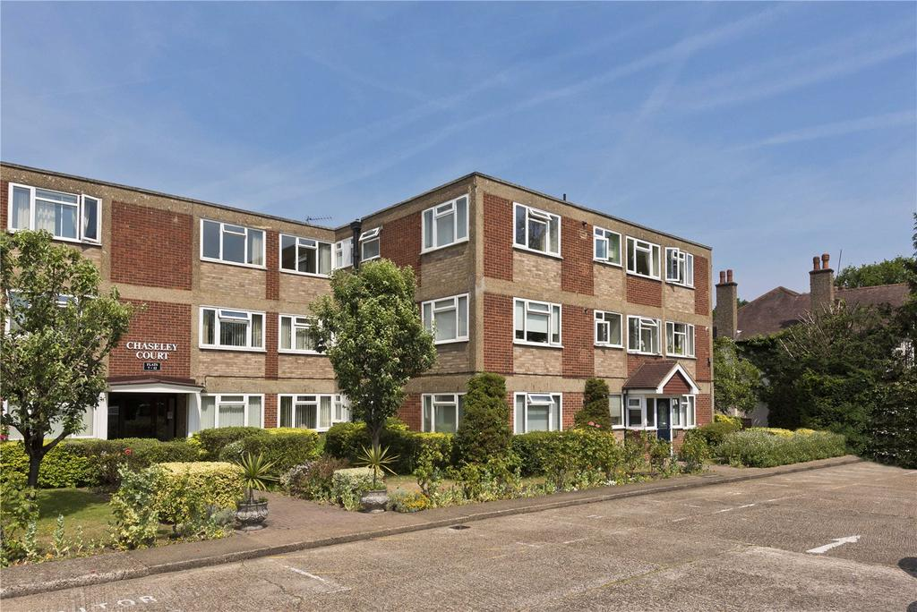 2 Bedrooms Flat for sale in Chaseley Court, Oatlands Drive, KT13