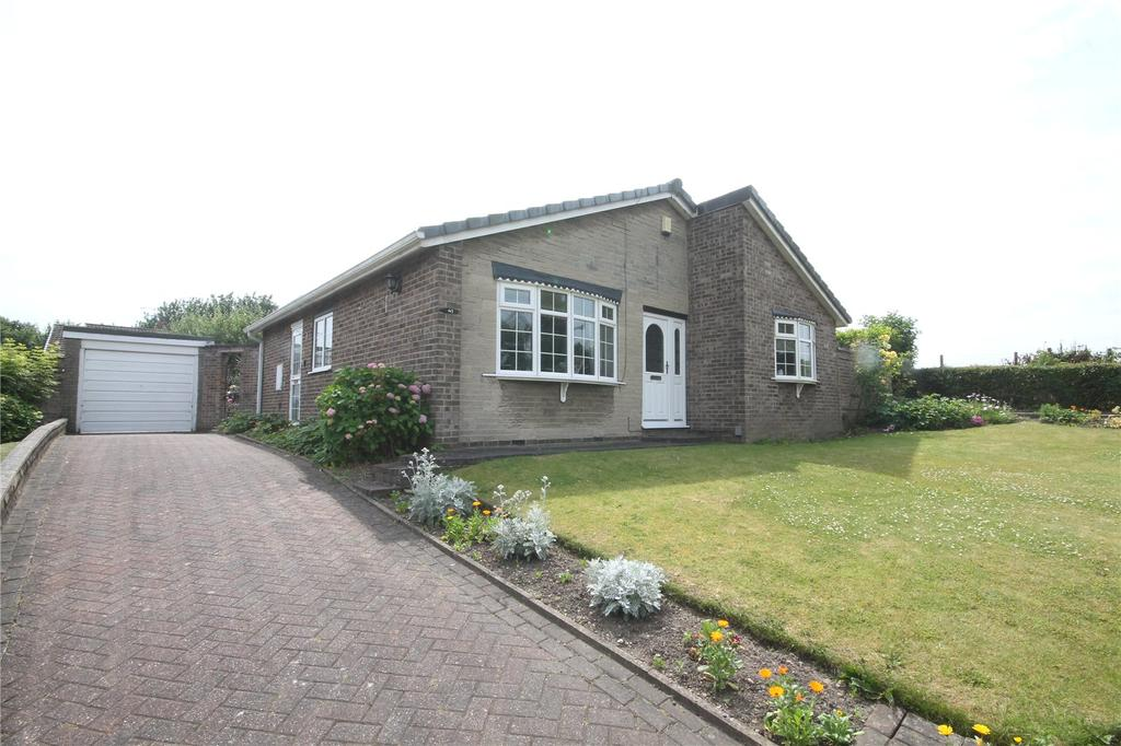 3 Bedrooms Detached Bungalow for sale in Haverlands Lane, Worsbrough, Barnsley, S70