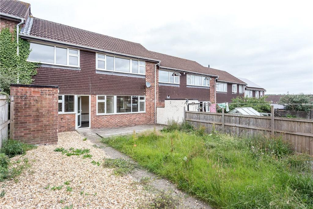 3 Bedrooms Terraced House for sale in Francklyn Acre, Marlborough, Wiltshire, SN8
