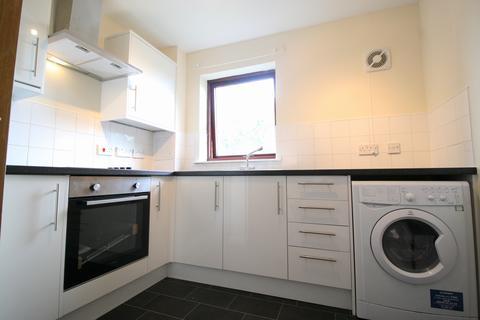 2 bedroom flat to rent - Gylemuir Road, EH12