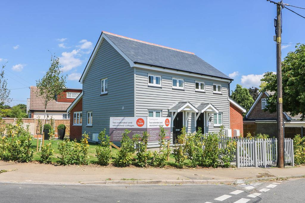 2 Bedrooms Semi Detached House for sale in Church Street, Billericay CM11