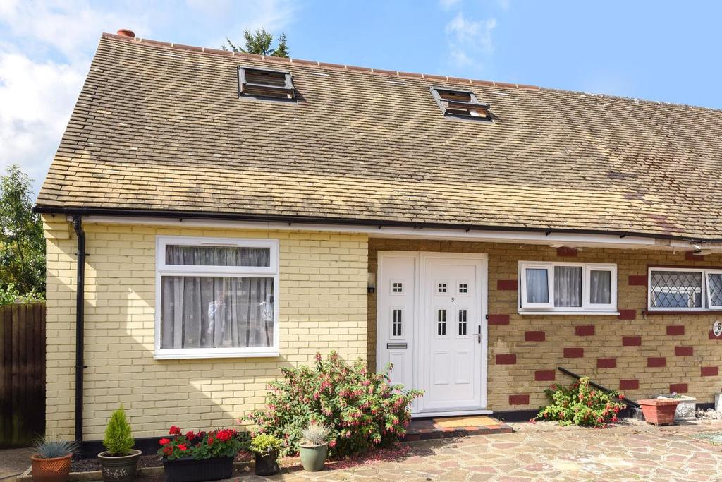 3 Bedrooms Bungalow for sale in Colin Close, West Wickham, BR4