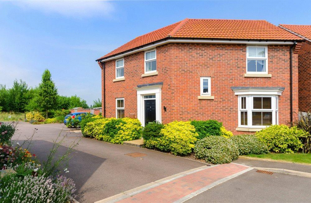 3 Bedrooms Detached House for sale in Cheltenham Court, Bourne, PE10