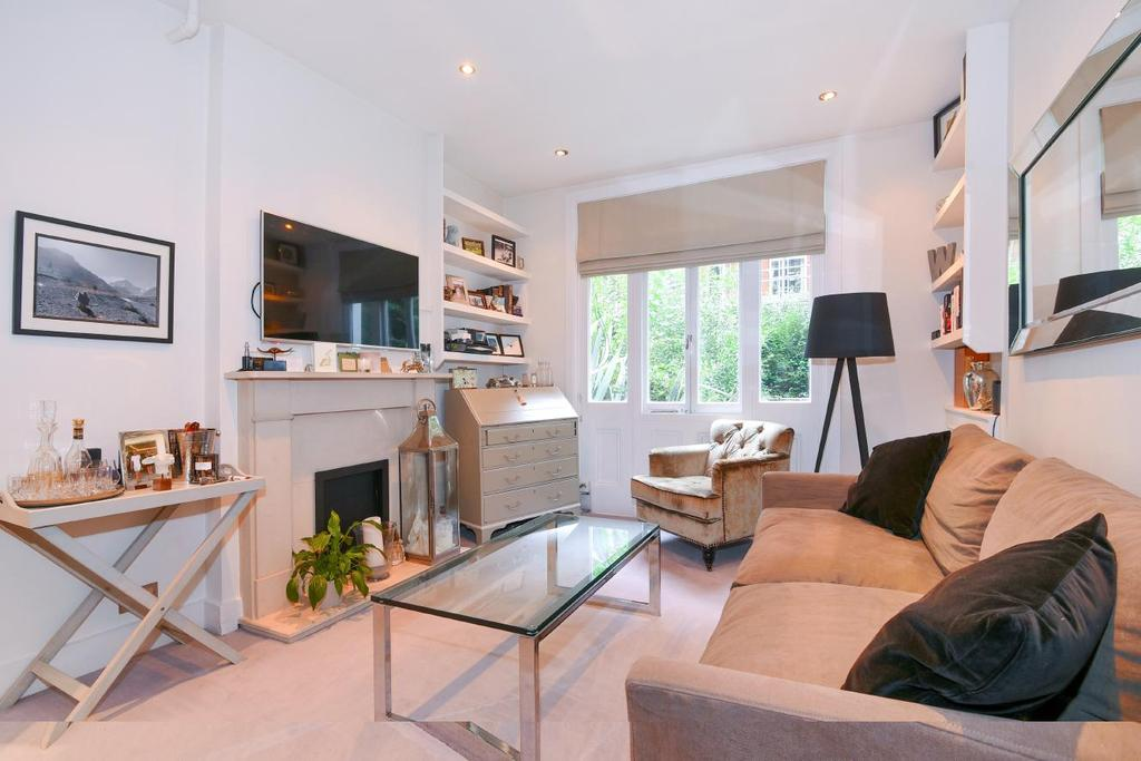 1 Bedroom Flat for sale in Nevern Square, Earl's Court