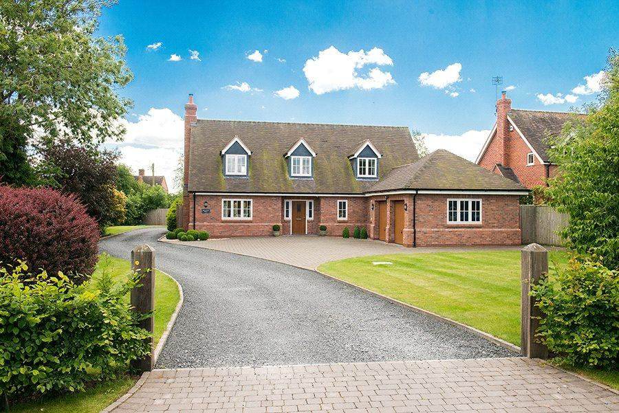 4 Bedrooms Detached House for sale in Sale Green, Droitwich, Worcestershire, WR9