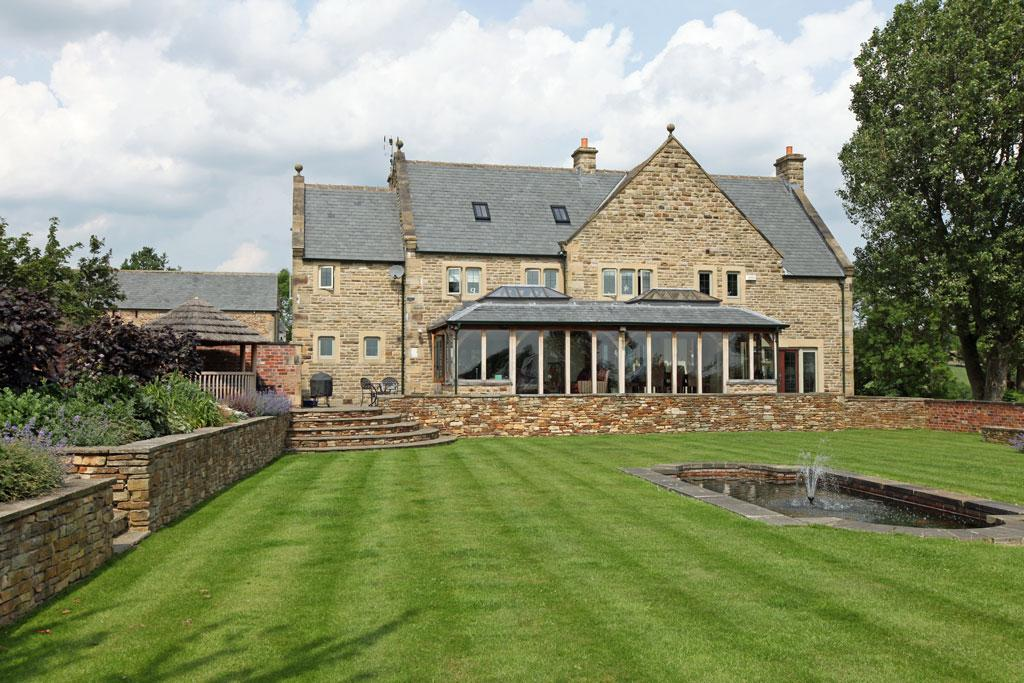 6 Bedrooms Detached House for sale in Westwick Farm, Chandler Hill, Chesterfield, Derbyshire, S42