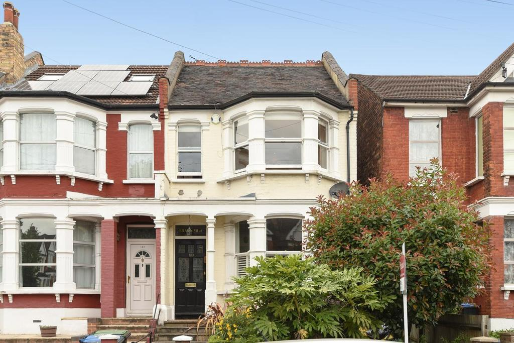 3 Bedrooms Terraced House for sale in Warwick Road, Bounds Green, N11