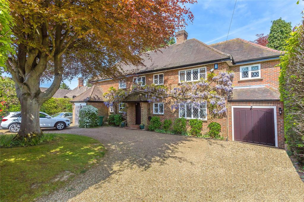 6 Bedrooms Detached House for sale in Quarry Road, Oxted, Surrey, RH8
