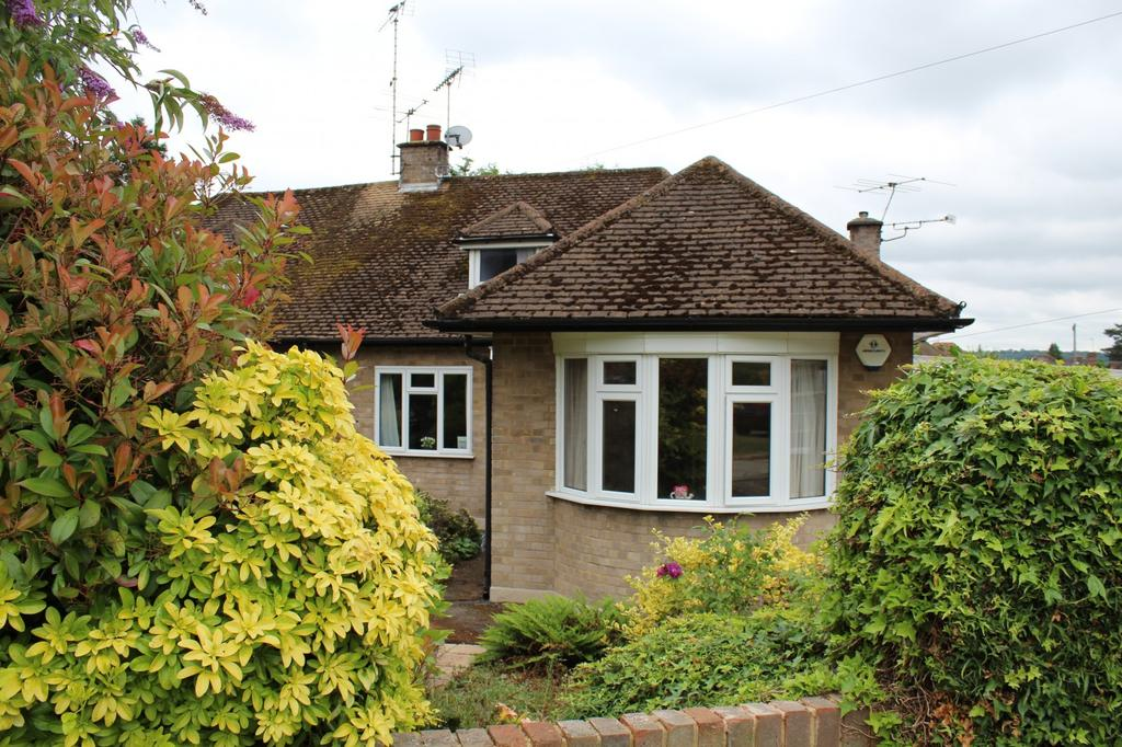 3 Bedrooms Bungalow for sale in Seymour Park Road, Marlow