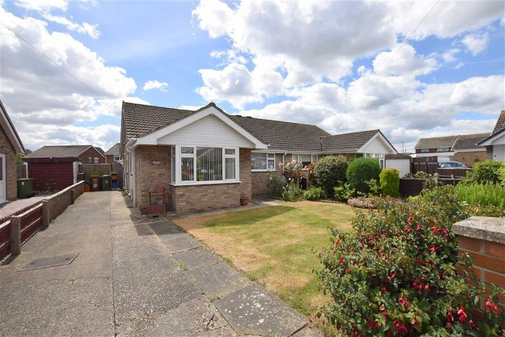 3 Bedrooms Semi Detached Bungalow for sale in Stow Close, Grimsby, North East Lincolnshire