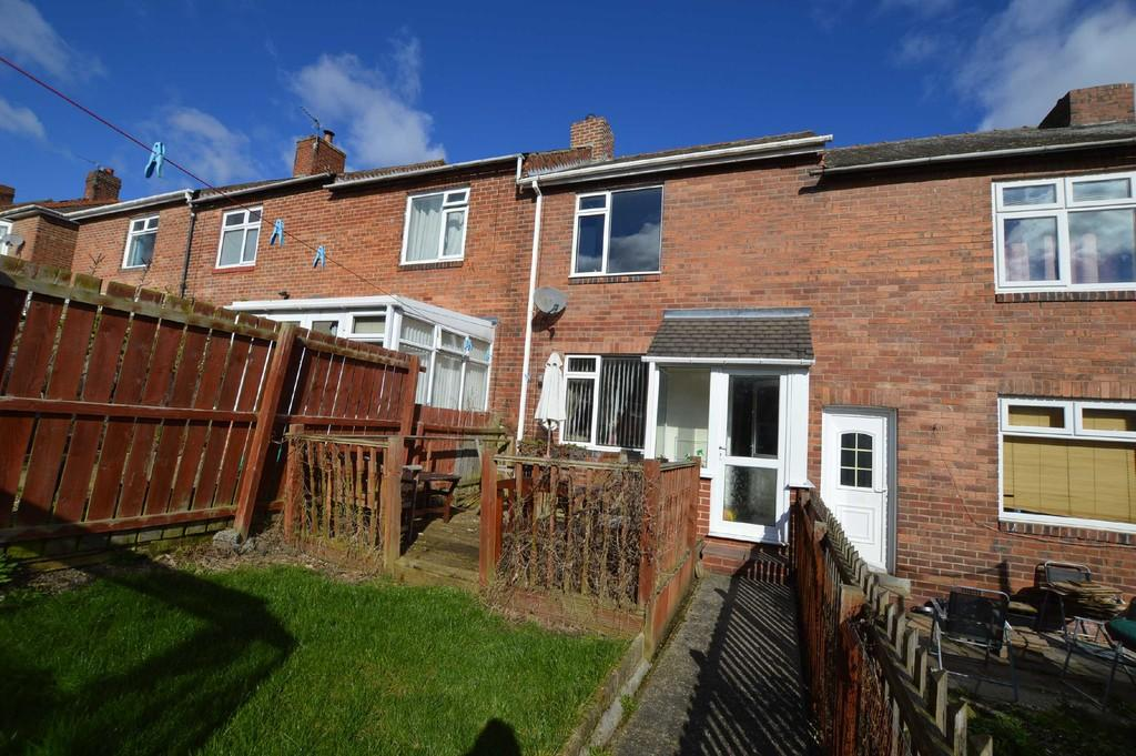 2 Bedrooms Terraced House for sale in Holly Avenue, Winlaton Mill