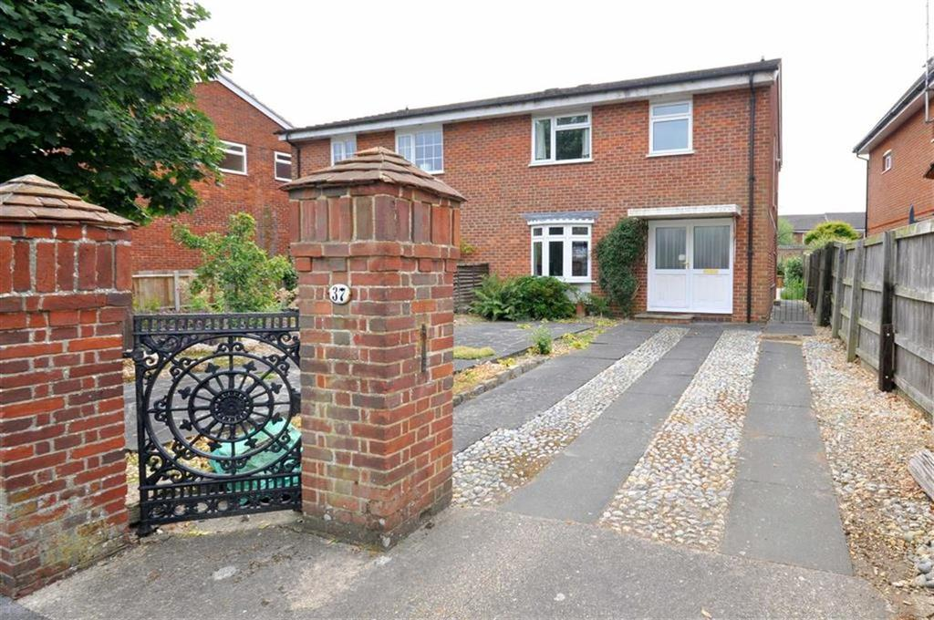4 Bedrooms Semi Detached House for sale in Warsash
