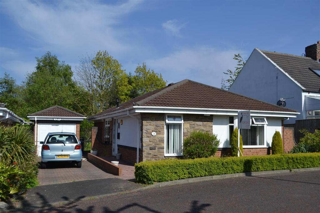 2 Bedrooms Detached Bungalow for sale in Wear Street, South Hylton, Sunderland