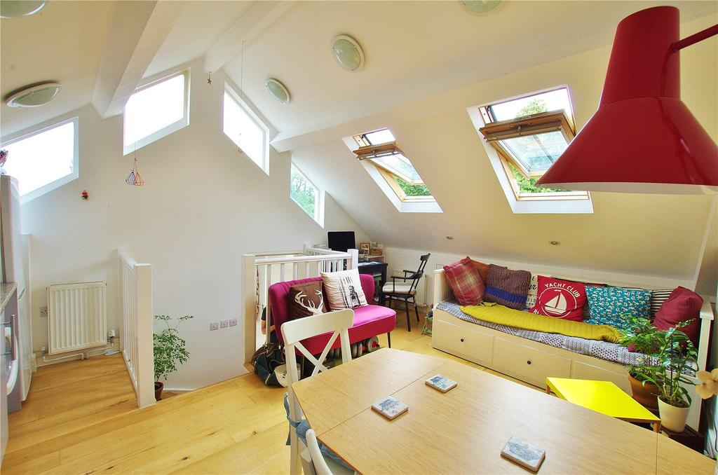 1 Bedroom Apartment Flat for sale in High Street, Watford, Hertfordshire, WD17