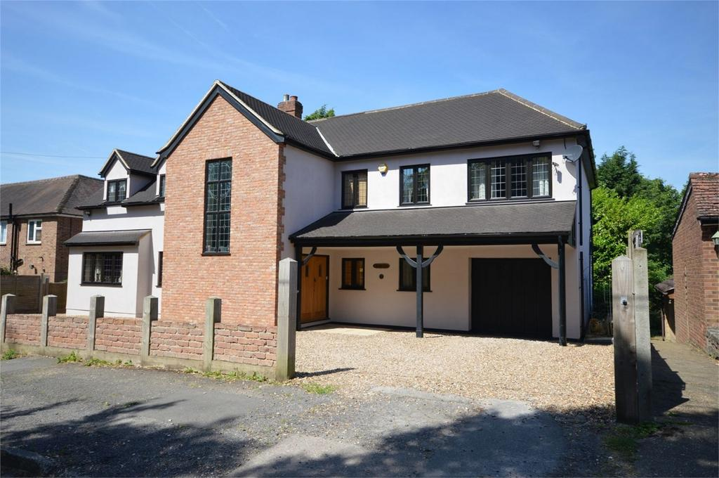 6 Bedrooms Detached House for sale in 7 Woodlands Drive, HODDESDON, Hertfordshire