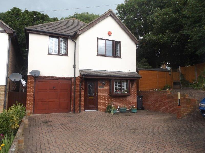 3 Bedrooms Detached House for sale in St Dunstans Road, Margate