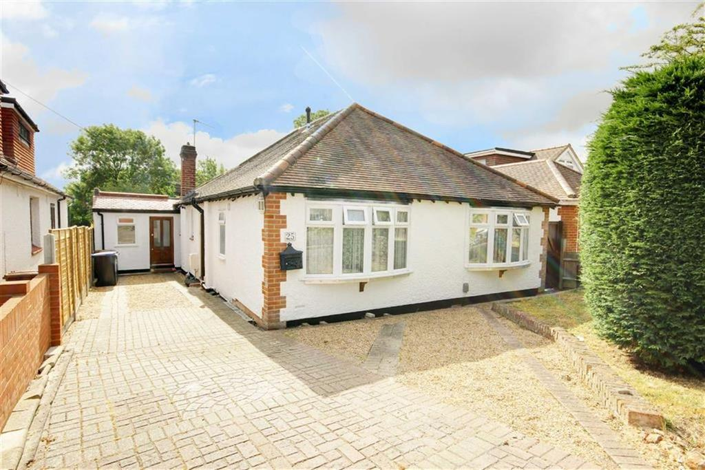 5 Bedrooms Bungalow for sale in Theobalds Rd, Cuffley, Herts