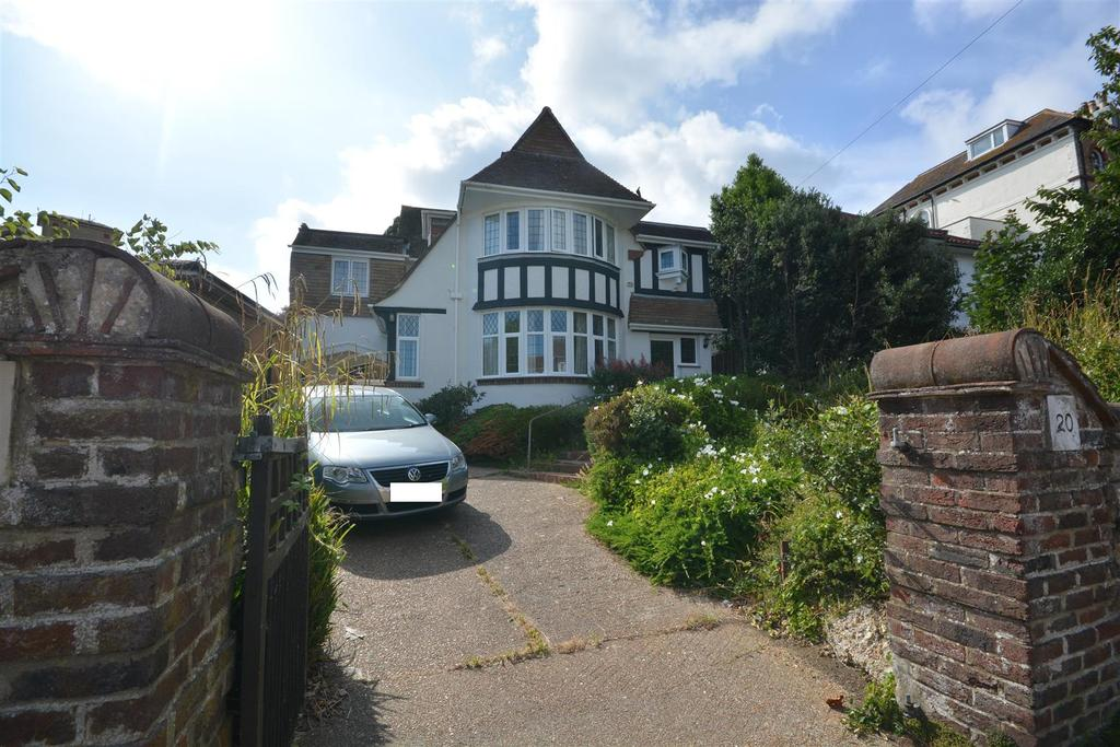 4 Bedrooms Detached House for sale in Brittany Road, St. Leonards-On-Sea