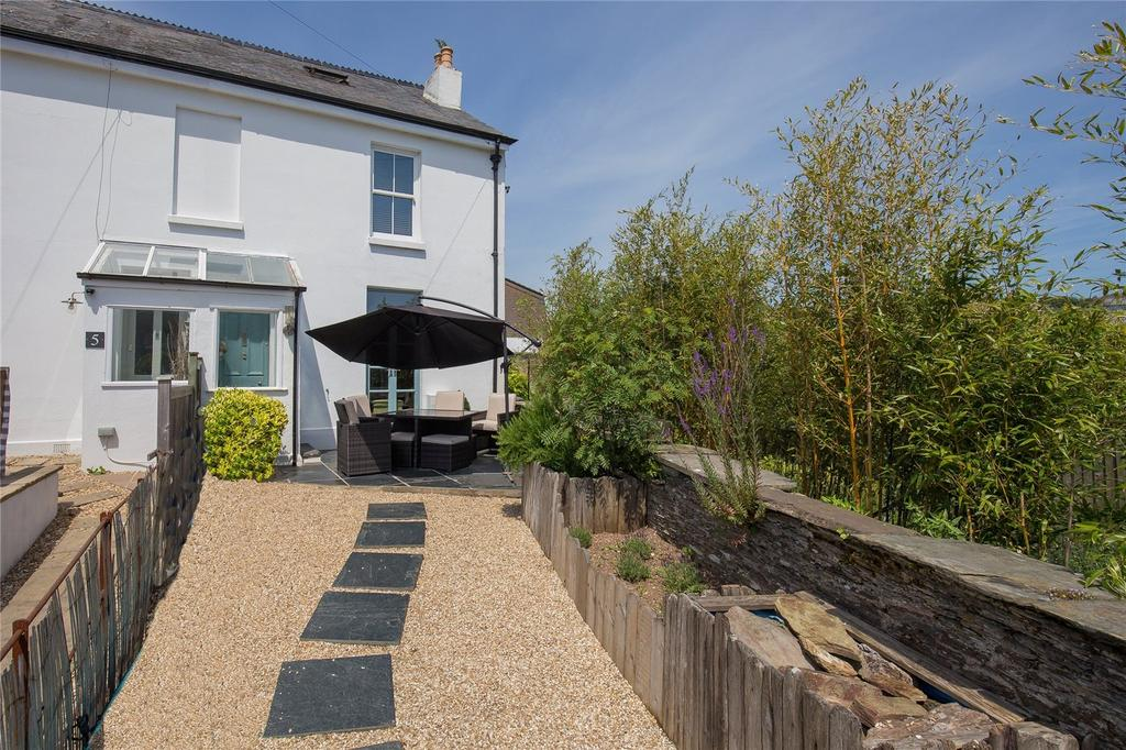 3 Bedrooms End Of Terrace House for sale in Richmond Terrace, Duncombe Street, Kingsbridge, Devon, TQ7