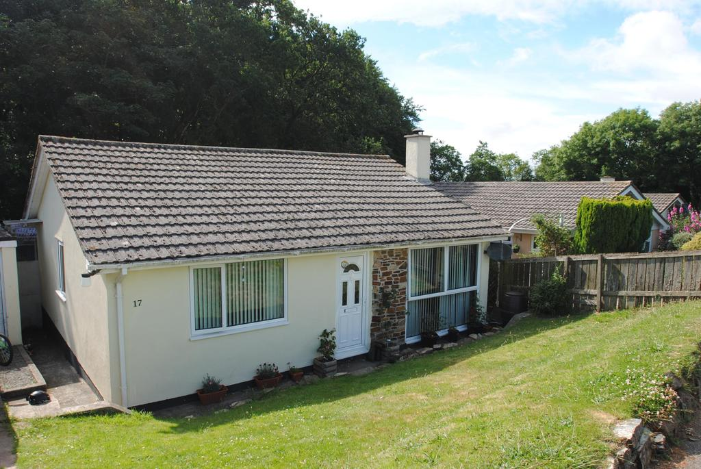 3 Bedrooms Bungalow for sale in Compass West, Tregadillett