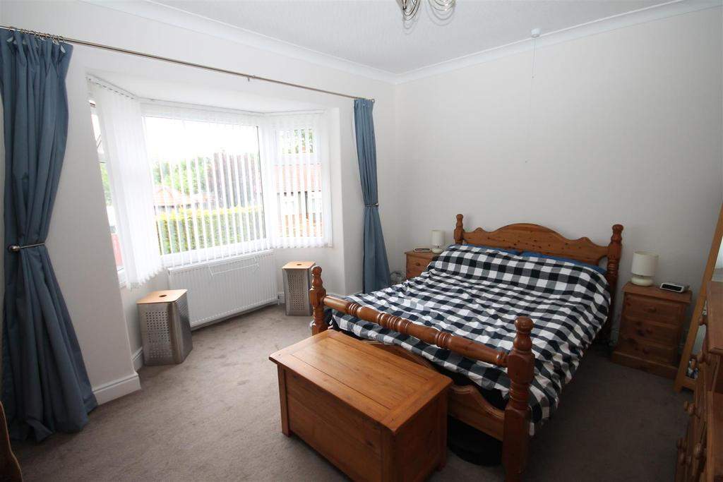2 Bedrooms Semi Detached House for sale in Stooperdale Avenue, Darlington