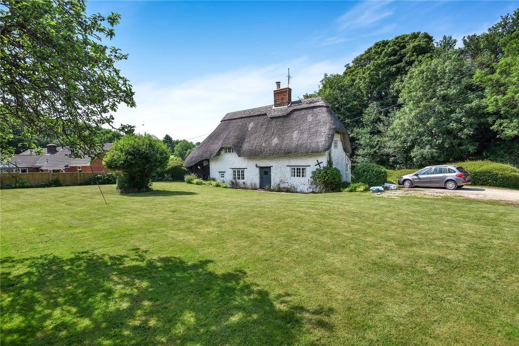 1 Bedroom Detached House for sale in Badbury, Badbury, Swindon