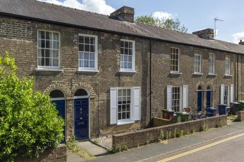 2 bedroom terraced house to rent - Tennis Court Terrace, Cambridge, Cambridgeshire