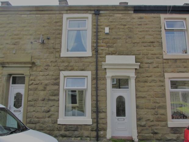 2 Bedrooms Terraced House for sale in Arthur Street Clayton Le Moors Accrington