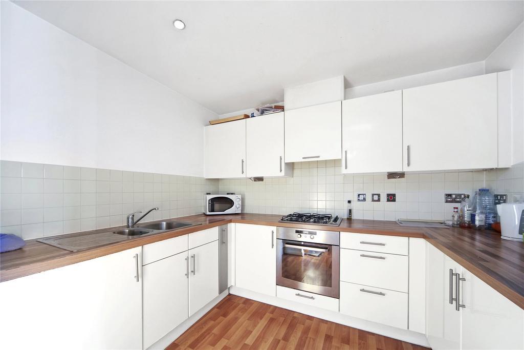 2 Bedrooms Flat for sale in Explorer Court, 5 Newport Avenue, London, E14