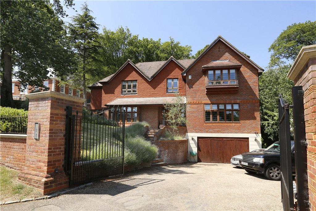 5 Bedrooms Detached House for sale in Coombe Park, Kingston upon Thames, KT2
