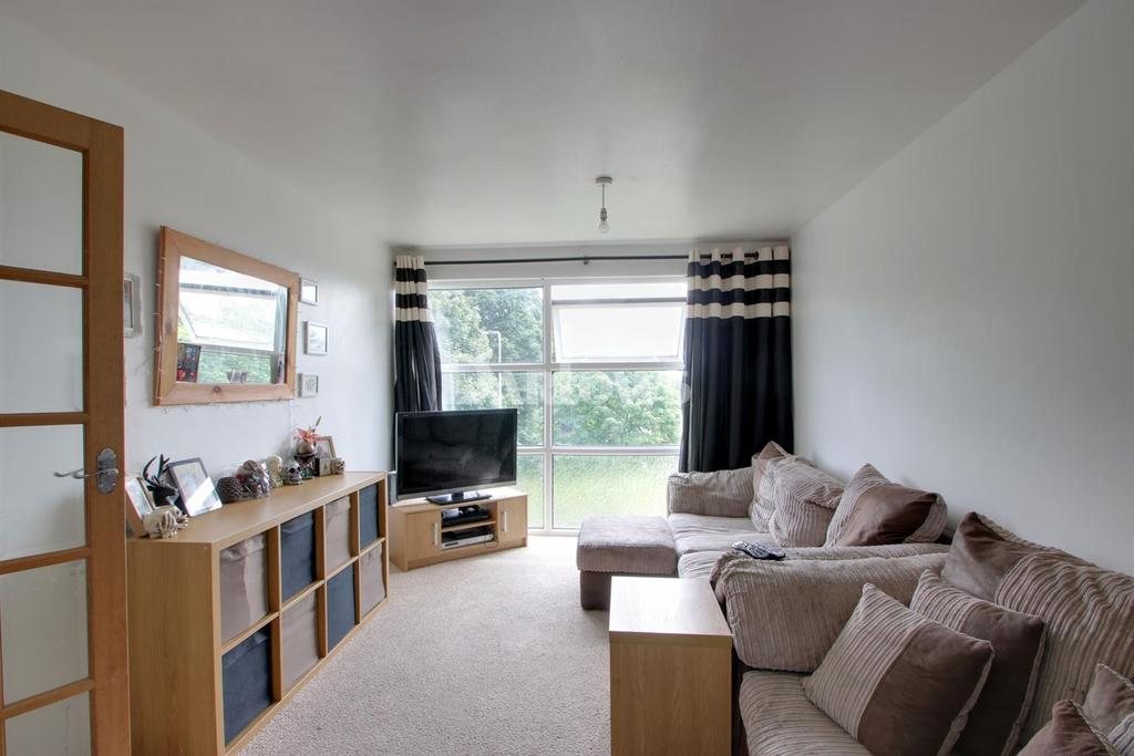 1 Bedroom Flat for sale in Glenwood, Llanedeyrn, Cardiff