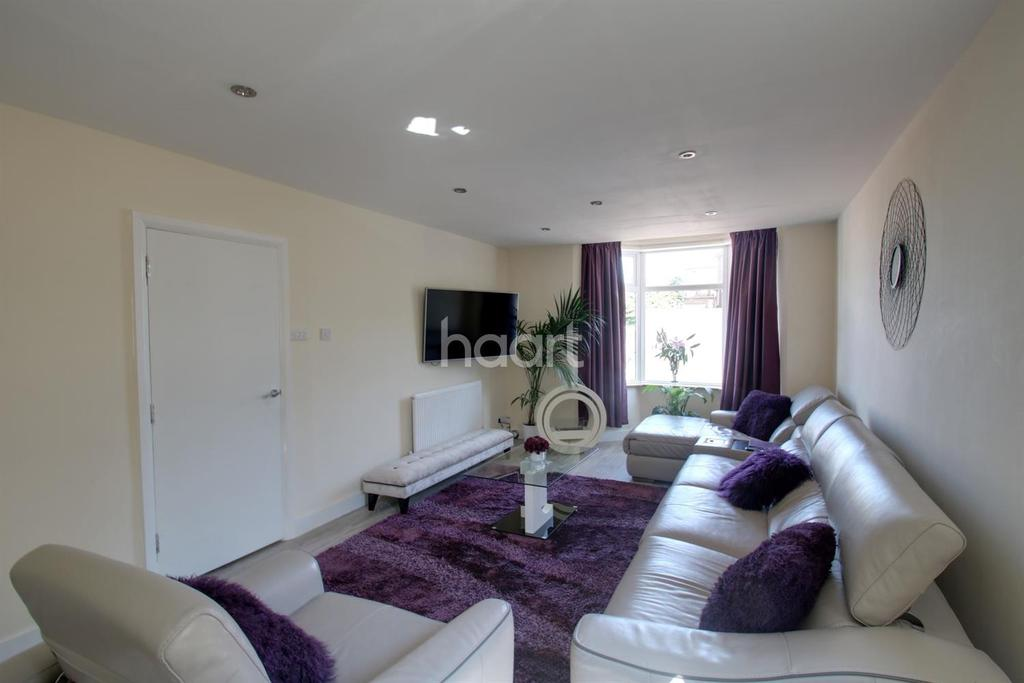 6 Bedrooms Detached House for sale in Watford