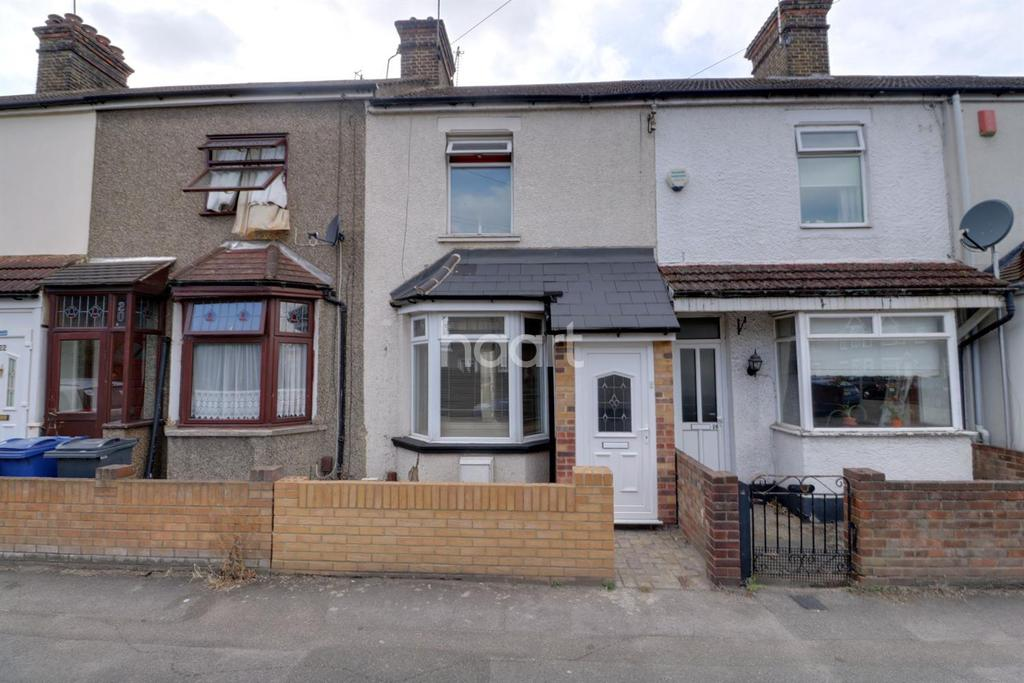 2 Bedrooms Terraced House for sale in John Street, Grays, RM17
