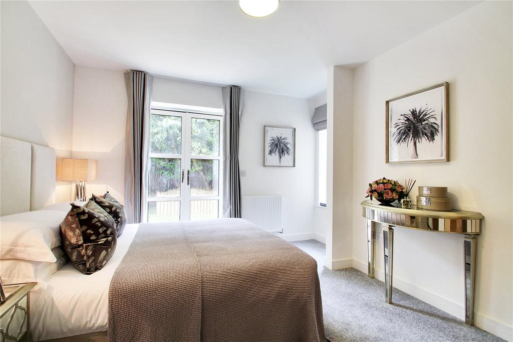 2 Bedrooms Flat for sale in St Catherine's Court, Sevenoaks, Kent, TN13