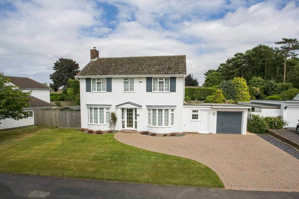 3 Bedrooms Detached House for sale in Newlands, Langton Green