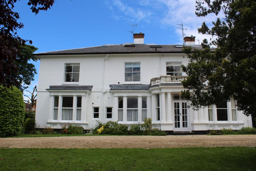 2 Bedrooms Apartment Flat for sale in Greenhill, Evesham