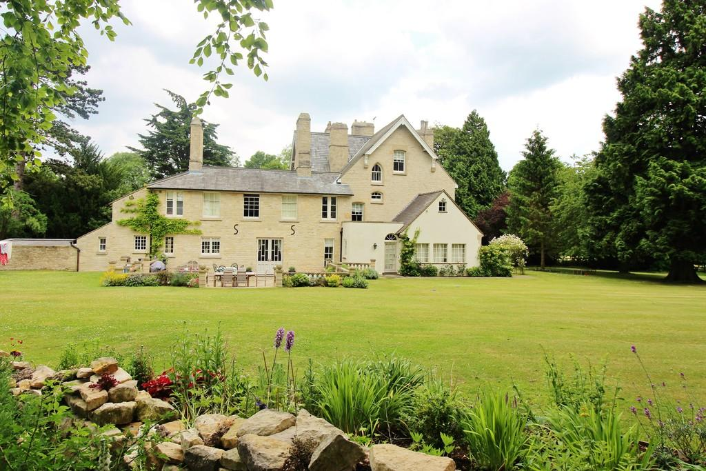 8 Bedrooms Detached House for sale in Stoke Rochford